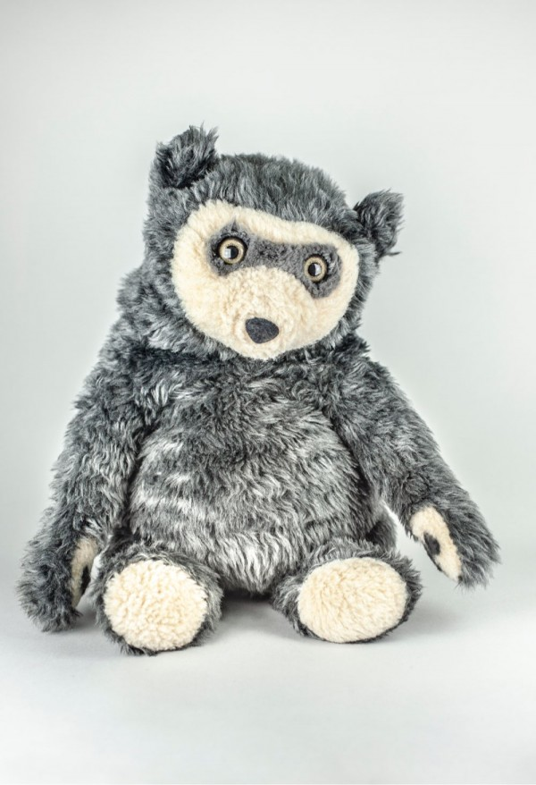 The photo shows the Bo Bear soft toy also designed by PISTO.