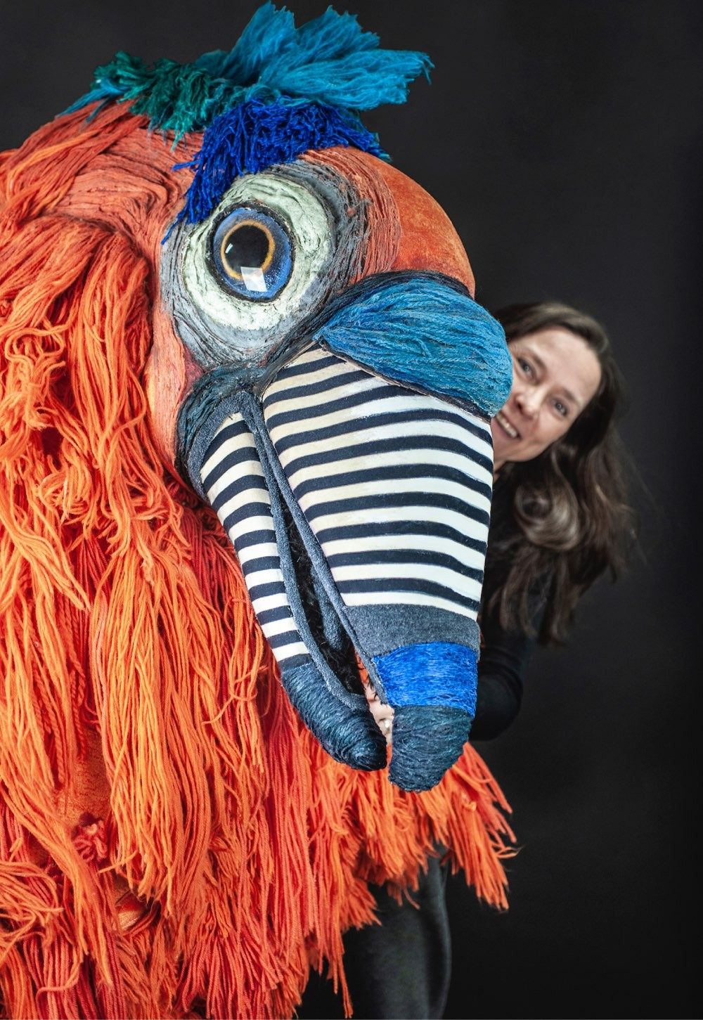Tiina and Casanova the Giant Parrot